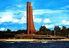 Ostseebad Laboe , Marine - Ehrenmal und U 995 , Ansichtskarte