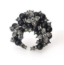 Distinctive Metallic Black Pearls Moon Wreath Shaped Brooch Pin BR135