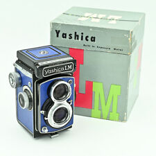💙  Yashica LM Twin Lens TLR 120 6x6 Film Camera. Electric Blue. Boxed.