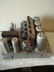 Vintage radio chassis rare 1932 AWA 55e in top order.. Fine example from AWA!