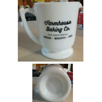 New 4 CUP White Milk Glass FARMHOUSE BAKING CO Measuring Cup Embossed Measures