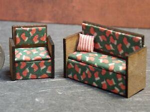 Dollhouse Miniature Sofa & Chair Christmas 1:48 Quarter Scale Y17 Dollys Gallery