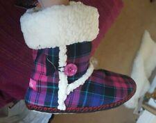 Iris Frost francés y Edie Pink Tartan zapatillas botas talla 6 RRP £ 17.50