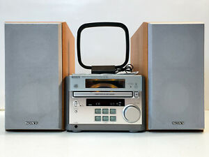 Nice Vintage Micro Bookshelf AM/FM/CD Stereo System w/ Speaker Sony HCD-RB5