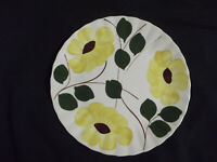 """BLUE RIDGE SOUTHERN POTTERY HAND PAINTED 10.25"""" DINNER PLATE YELLOW FLOWER 101"""