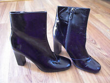Via Spiga Black Patent Leather Zip Up Ankle Boots Chunky 3 1/2 In Heel SZ 9M