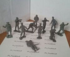 Vintage Plastic Marx & MPC Toy Soldiers Gray