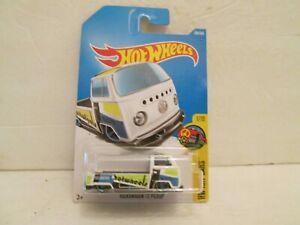 HOT WHEELS V.W. T-2 PICK-UP TRUCK 1/64 DIE-CAST CARS BOYS GIRLS 3 UP