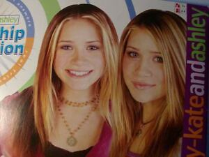 OLSEN TWINS MARY-KATE AND ASHLEY TWINS 2002 MATTEL FRIENDSHIP GAME TV SHOW