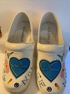 Rasolli Nurse Clogs, Women's Size 9   Clean Comfort Shoes