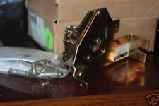 GE SCOM1A  operator-breaker plate  NEW