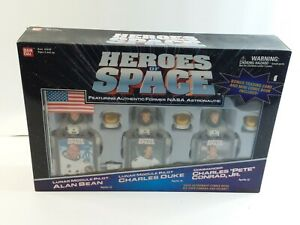 Bandai Heroes of Space Apollo Astronaut Figures Bean Duke Conrad Comic Book Card