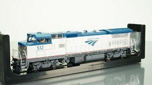 Atlas Silver Dash 8-32BHW Amtrak Ph5 512 DCC Ready HO scale