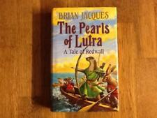 THE PEARLS OF LUTRA  BRIAN JACQUES 1ST/1ST HB SIGNED VG.
