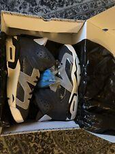 Air Jordan 6 Tech Chrome Women Size 11.5 Men's size 10