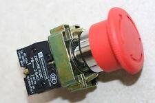 Bouton poussoir d'urgence à vérouillage - Telemecanique neuf (contact NF)