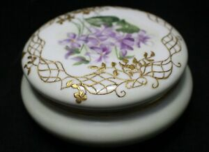 LIMOGES HAND PAINTED VIOLETS COVERED BOX