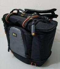 Case Logic DSLR Camera Sling Bag *GOOD CONDITION*