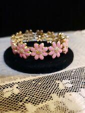 NEW Goldtone ENAMELED PINK DAISY FLOWER Stretch Bracelet, PRETTY!