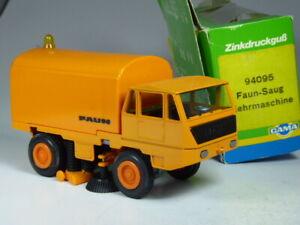 TOP: 70er Jahre Gama 94095 Faun Saug Kehrmaschine orange in 1:43 in OVP