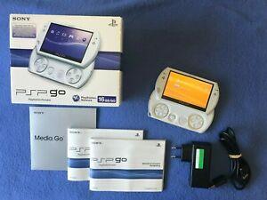 PSP GO BLANCHE 16 GO