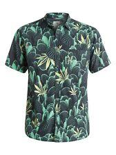 QUIKSILVER MENS Slow Life Short Sleeve Shirt. SIZE XTRA SMALL. BARGAIN.