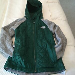 THE NORTH FACE BOYS HOODED JACKET SIZE 6-7 GREEN AND GRAY