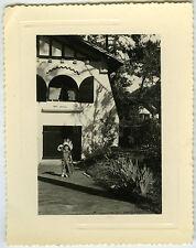 PHOTO ANCIENNE -ENFANT GARÇON DÉGUISEMENT INDIEN-CHILD DISGUISE-Vintage Snapshot