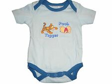 Disney süßer Body Gr. 50 / 56 hellblau mit Tigger + Winnie Pooh Motiv !