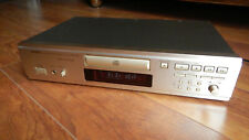 DENON DCD755 AR - High End Player in Top Zustand , Farbe Gold/Champagner