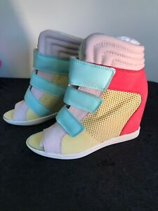 New Boutique 9 NERINE Open Toe Wedge Sneakers MULTI COLOR Sz 9.5 Rare
