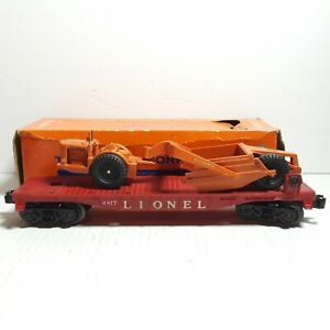 Lionel Postwar 6817 Flat Car with Allis-Chalmers Earth Scraper Type 1 With Box