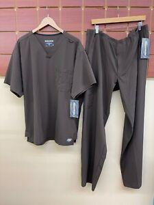 NEW Men's Skechers Brown Scrubs Set With XL Top & XL Tall Pants NWT