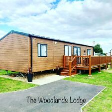 Holiday At Tattershall Lakes Country Park, With Hot Tub For Hire
