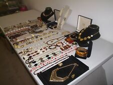 LARGE JOB LOT OF VINTAGE & COSTUME JEWELLERY NECKLACES BRACELETS EARRINGS (Y)