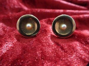 Vintage Gold and Pearl Cufflinks