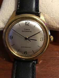 Vintage 1979 Timex Automatic Viscout New Leather strap excellent running conditi