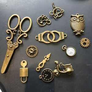 12 Steam Punk Charms Clocks Keys In Antique Bronze Ideal Jewellery Making