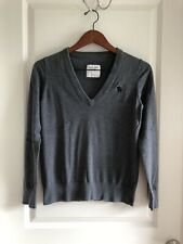 TWO Abercrombie Women V-neck Sweater Blue & Gray (Size Medium)
