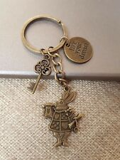 Live your Dream Alice in Wonderland Rabbit Key Keychain Keyring Charm Gift