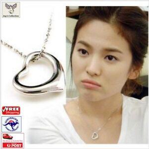 Christmas Gift - Simple & Beautiful Glossy Heart Shaped Necklace Xmas [A3O~B30]