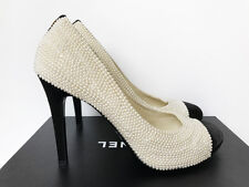 Amazing CHANEL White Black CC Logo Pearl Sequin Pumps Heels Shoes 40.5  9.5   9