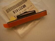 Mitsubishi DELICA SPACE GEAR drip clip moulding MR221418