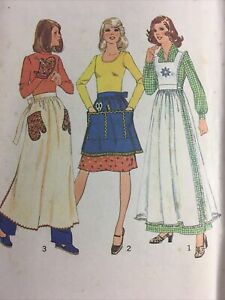 Simplicity 7246 Vintage Sewing Pattern 1975 apron pinafore  Small 8-10