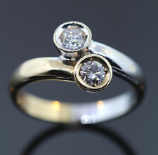 CROSS OVER RING MIT 2 BRILLANTEN  0,40ct AUS 585/- GOLD BICOLOR WERT 1398,- €