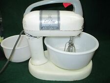 Dormeyer Power Chef Electric Food Fixer Mixer Model 4200-bowls & beaters#1747/G1