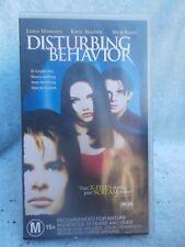 DISTURBING BEHAVIOR(VILLAGE ROADSHOW No CST 28051) VHS TAPE M (LIKE NEW)