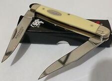 VINTAGE YELLOW WINCHESTER MUSKRAT HUNTING POCKET KNIFE !!!