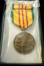 New-Original-Vietnam Service Medal Set-, In Military-Gi- Issue Box- Dated 1969