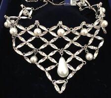 Swarovski Pearl Bridal Necklac. Bridal Collar. Pearl Necklace. Wedding Collar